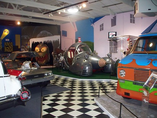Volo Auto Museum - Automobile & Military Experience (19)