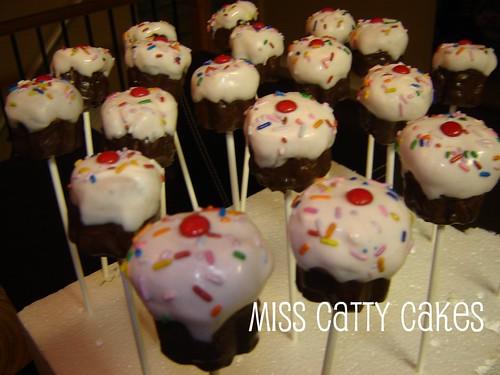 cars cake pops. Cherry Cupcake Cake Pops 2009