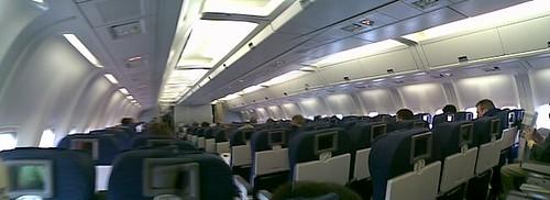 UA 767-300 coach