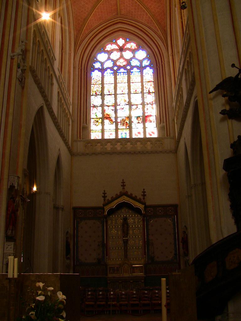 Cathédrale Saint-Corentin (style gothique - XIIIe-XIXe - flèches néo-gothiques de 77 m)