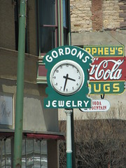 IMG_10597 (old.curmudgeon) Tags: newmexico clock sign 5050cy