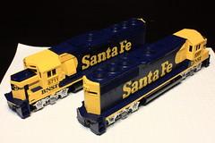 BNSF 8711/3207 Commemorative Set (Set and Centered) Tags: santa scale burlington model trains locomotive ho fe topeka northern 187 freight bnsf atchinson emd atsf railroader gp60 gp50 athearn