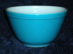 BLUE PYREX BOWL GIVEAWAY