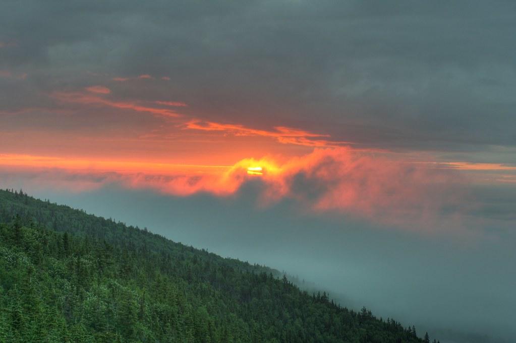 Lever de soleil au Mont Saint-Joseph