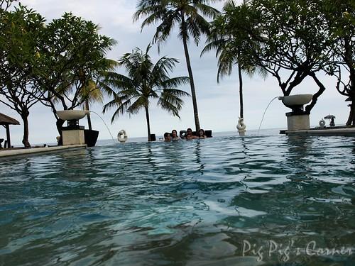 Bali Villa Ylang Ylang swimming