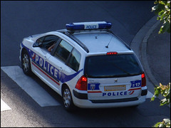 Police Nationale - PEUGEOT 307 SW (Πichael C.) Tags: france car cops police security voiture cop vehicle sw peugeot 57 metz 307 nationale vehicule borny camionette