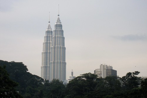 Petronas Towers from Masjid Jamek