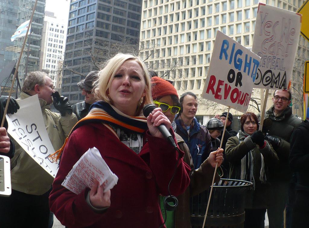 Missy Lorentzen addresses the crowd