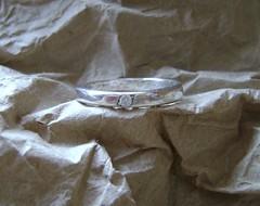 Anillo de compromiso, plata y circn, con frase grabada en el interior.A pedido. (Pamela Lazo Orfebre) Tags: plata anillos circones