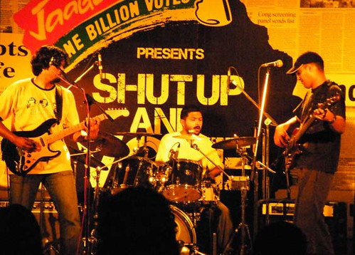 TAAQ takes the Shut Up and Vote tour to Kolkata