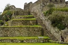 Restos arqueolgicos de Machu Pichu (Per) (SURF&ROCK (Miguel Navaza)) Tags: mountain peru southamerica machu picchu cuzco lima machupichu inka pichu latinoamerica andes machupicchu colca waynapicchu inkatrail vallesagrado caminoinka