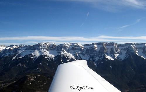 Montes nevados de los Pirineos