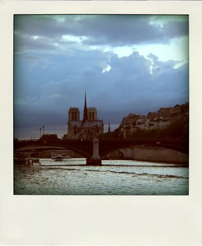 Paris_1-pola.jpg