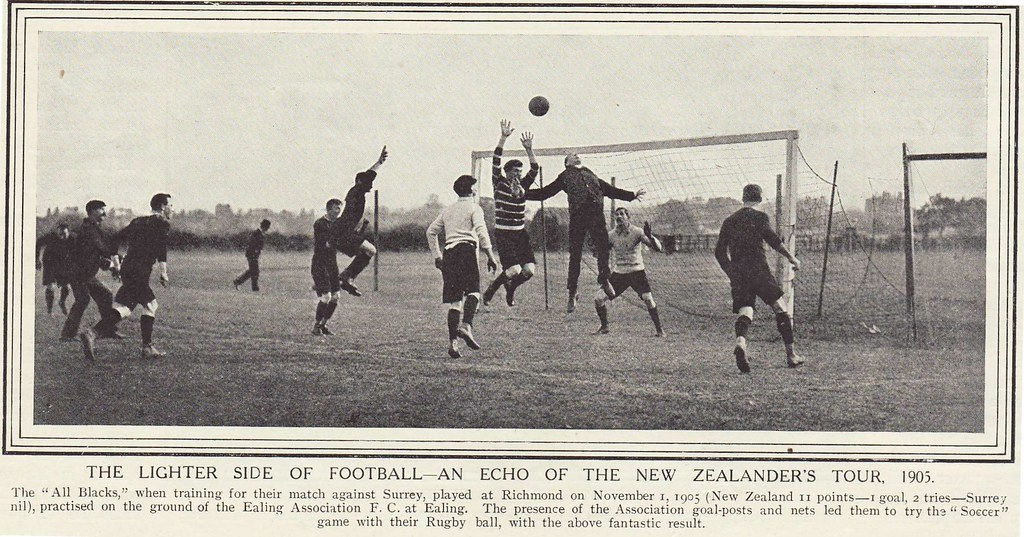 O jogo e objetivo  O rugby é disputado por duas equipes de quinze jogadores  ... 92ec26d522e00