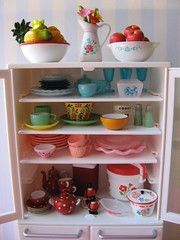 organize that re-ment cabinet (Pinks & Needles (used to be Gigi & Big Red)) Tags: flowers silly kitchen fruit toys miniatures colorful inspired retro plastic polkadots 1950s teapot setup blythe dishes teacup rement jadite latte bowls pitcher addiction cookware pyrex ricecooker scalloped saltandpeppershakers