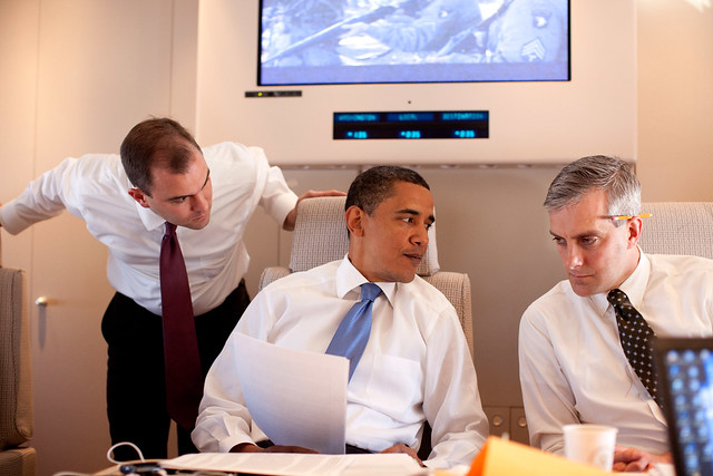 Obama confers with advisors before the Cairo speech