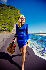 (SARA LEE) Tags: blue girl hawaii dress photoshoot guitar running valley blonde bigisland kona camerons waipio sequin waipiovalley honokaa sarahlee legothenego vivantvie