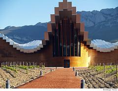 España: Bodegueros invierten en arquitectura para atraer turistas