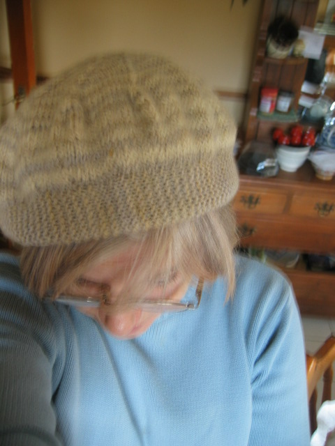 beret knitting0025