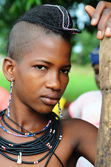 she is a Peul,she is a star (luca.gargano) Tags: voyage africa travel girls portrait girl chica ornaments chicas benin hairstyle fille filles primopiano ragazza ragazze gargano natitingou peul moza lucagargano natitangou
