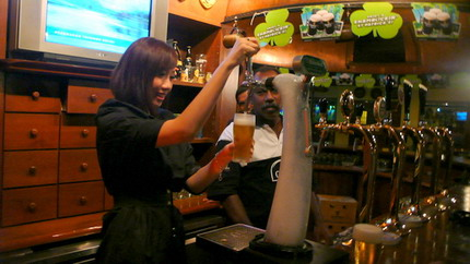 beer tapping