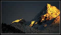 Sunset over Hindukush, the virgin mountains of Chitral (imranthetrekker , new year new adventures) Tags: pakistan sunset snow mountains tourism nature colors rocks climbing karakoram peaks exploration nwfp himalayas winters chitral hindukush wintertrekking romboor imranthetrekker imranschah northpakistan virginpeaks mountainsofpakistan chitralguy rockclimbinginpakistan