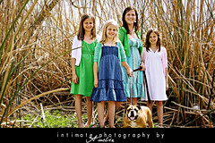 { ladies } ({IP} by Amelia) Tags: family light natural protraiture