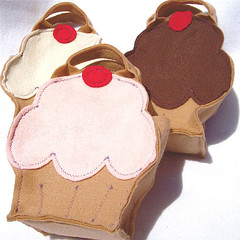 vanilla cupcake (re)GIFT BAG 2