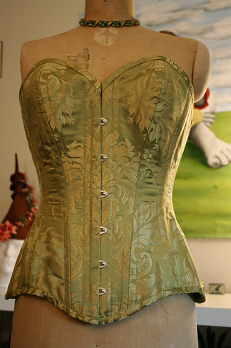 corsetFront