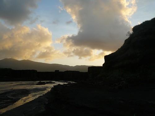 Vanuatu : Ile de Tanna #53 : plaine de cendre et coucher de soleil
