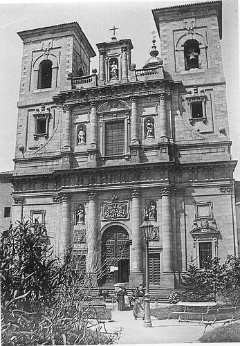 Plaza del Padre Juan de Mariana (Toledo) e Iglesia de San Ildefonso a principios del siglo XX. Foto Rodríguez