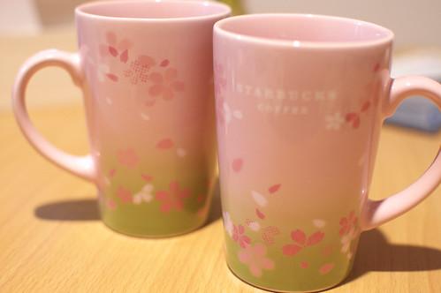 スターバックスの桜マグカップ