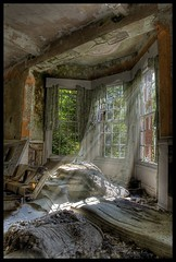 Room for rent. (Romany WG) Tags: abandoned beautiful hospital decay asylum hellingly hauntingly