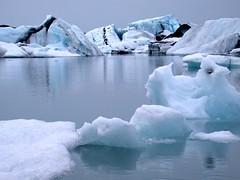 Jkulsarlon, Iceland (Martin Ystenes - http://hei.cc) Tags: lake ice iceland lagoon glacier iceberg 1001nights sland jkulsrln blueice magiccity blackice  jkulsarlon platinumheartaward flickrestrellas ystenes platinumpeaceaward mtrtrophyshot 1001nightsmagiccity magiccty martinystenes
