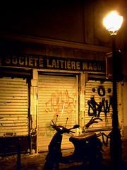 Societ Laitiere Maggi (Moondiman) Tags: old light night vespa tag dirty vieux lamapdaire