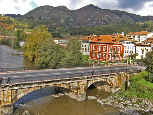 Cangas de Onís, Spain por Simão2008.