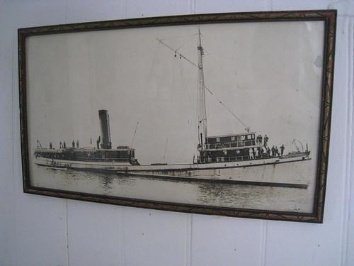 tugboat photograph