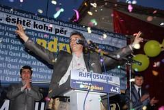 DSC_0058 (RufiOsmani) Tags: macedonia change albanian elections 2009 kombi osmani gostivar rufi shqip flamuri maqedoni gjuha rufiosmani zgjedhje ndryshime politike