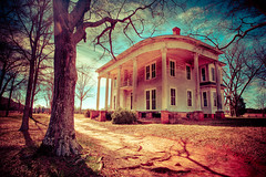 Nolan House (jrobfoto.com) Tags: red house tree history georgia flickr track empty nolan southern cotton clay plantation trespass hdr bostwick omot derelick nolanhouse jonathanrobsonphotographycom epiceditsselection viapixelpipe