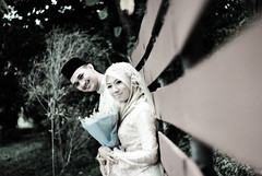 WANA ENGAGEMENT (aka_kepep ) Tags: 50mm outdoor sony hijab alpha malacca a100 wana f17 kaedians