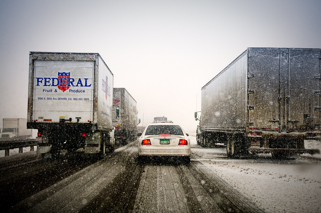 Early blizzard commute on Interstate 25