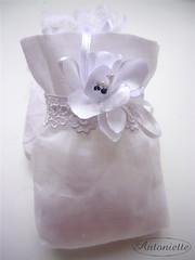 Saquinhos para Bala de Amndoas (Antoniette Wed) Tags: wedding white branco weddingfavor saquinhos