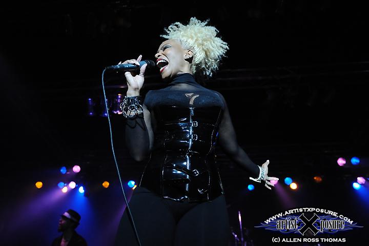 Joyce Kennedy Live Photo