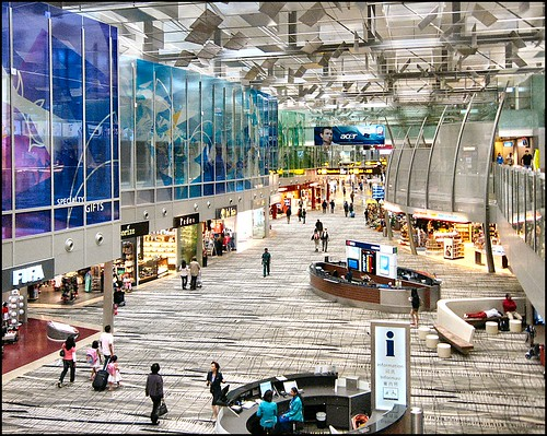 Changi Airport, Singapore by Lincolnian (Brian).