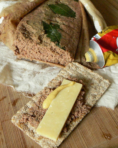 Chicken liver pâté with cheese and mustard