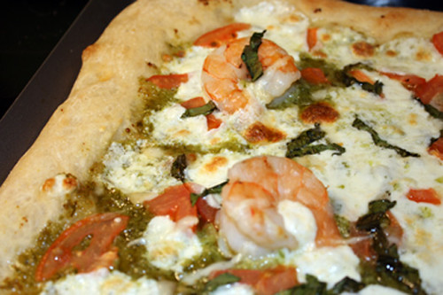 Meat-Free Friday: Shrimp Scampi Pizza 1