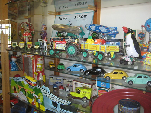 Lark Toys museum