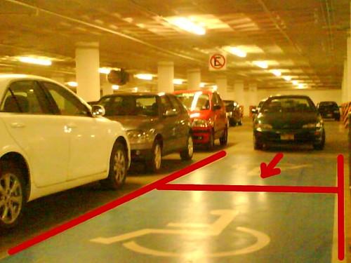 En el estacionamiento de HEB