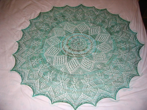 Knitting Patterns For Circular Shawls : Mystic Star