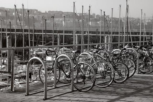 Mastiles y bicicletas